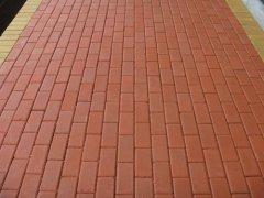 青岛荷兰砖出现脱层现象怎么办